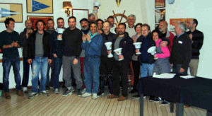 premiazione_Memorial_Pirini-Invernali_Flotte_J24_Romagna_e_Lario